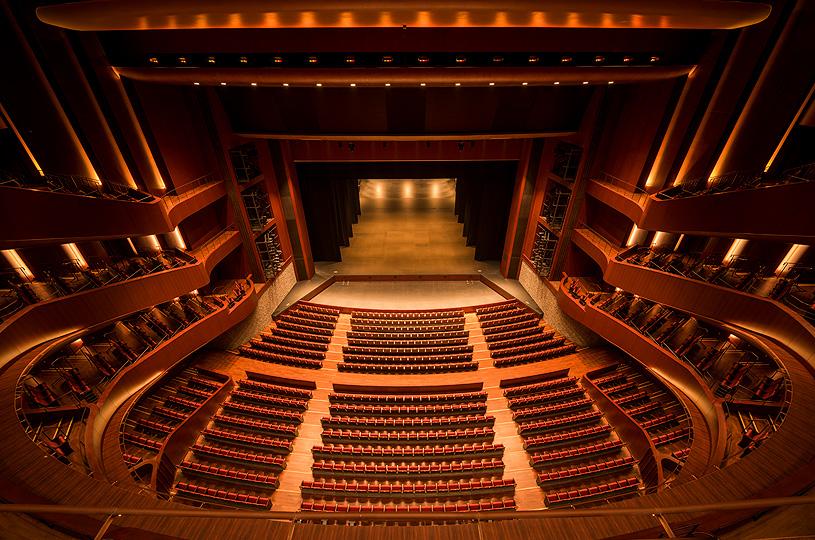 ホール内部(客席から)のイメージ
